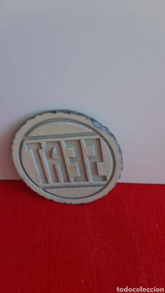 Coches y Motocicletas: antiguo emblema seat - Foto 2 - 247636325
