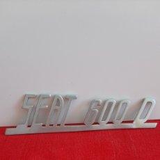 Coches y Motocicletas: ANTIGUO EMBLEMA SEAT 600 D. Lote 247636915