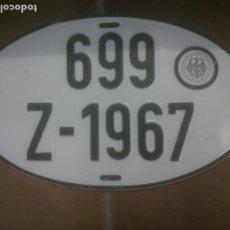 Coches y Motocicletas: PLACA DE MATRÍCULA ALEMANA AÑOS 60S OVALADA,RELIEVE.. Lote 258056420