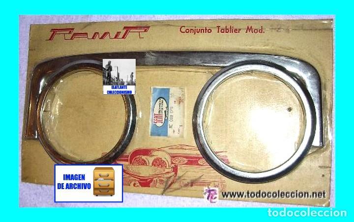 Coches y Motocicletas: SEAT 124 D Y LS CON CUADRO INSTRUMENTOS RECTANGULAR - KIT EMBELLECEDORES / MOLDURAS CROMADAS - Foto 2 - 268608374