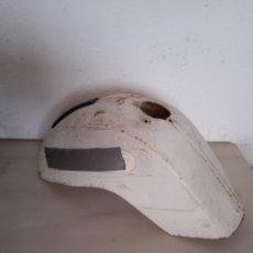 Coches y Motocicletas: GUARDABARROS DELANTERO VESPA 200. Lote 276679283