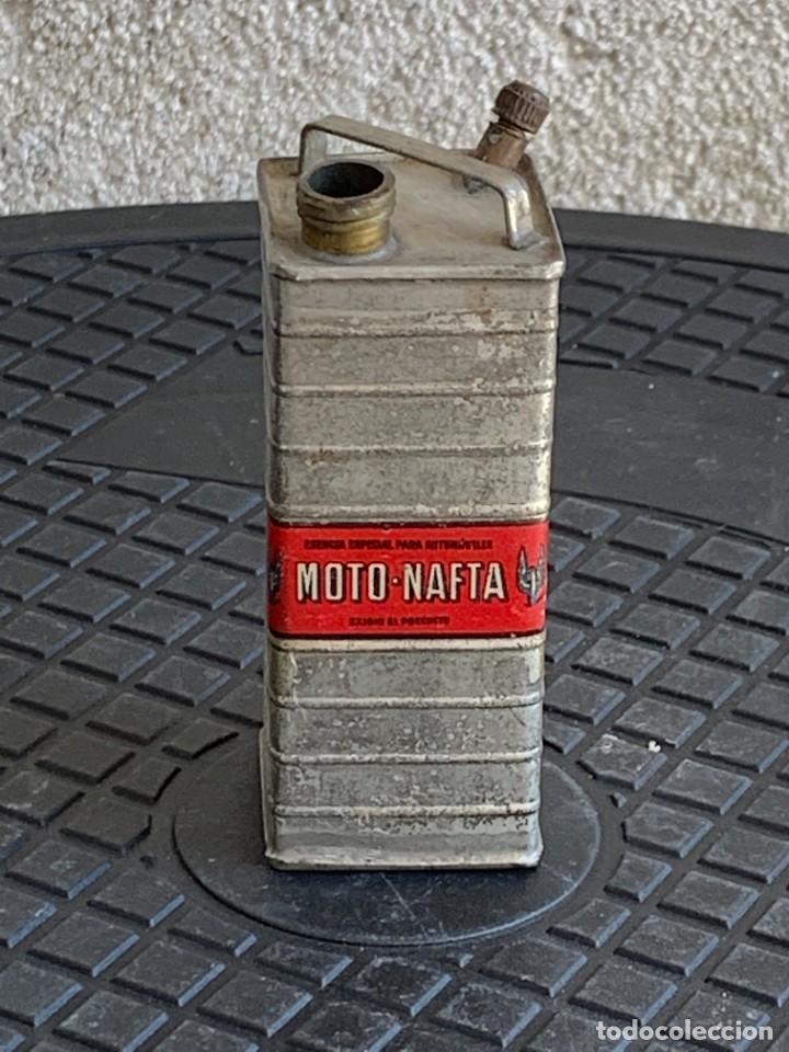 BIDON MINIATURA MOTO NAFTA ACEITE AUTOMOVILES ESENCIA ESPECIAL MITAD S XX PUBLICIDAD 9X3X3CMS (Coches y Motocicletas - Repuestos y Piezas (antiguos y clásicos))
