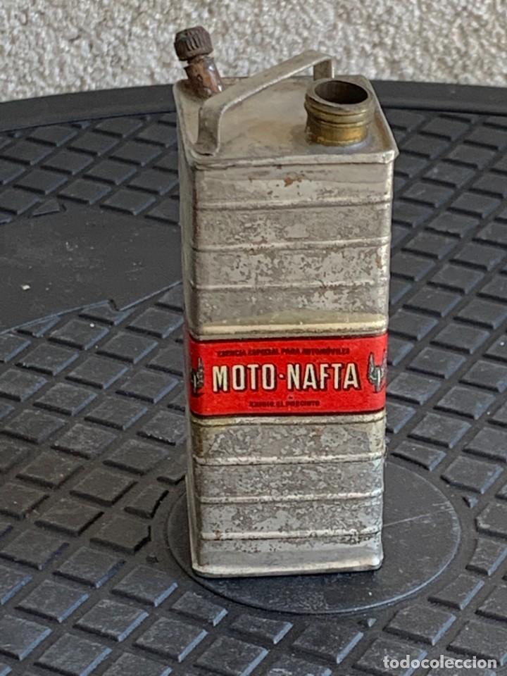Coches y Motocicletas: BIDON MINIATURA MOTO NAFTA ACEITE AUTOMOVILES ESENCIA ESPECIAL MITAD S XX PUBLICIDAD 9X3X3CMS - Foto 4 - 276915518
