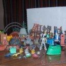 Repuestos y piezas: LOTE DE 10 PERSONAJES Y MAS DE 50 COMPLEMENTOS PARA EL CASTILLO DISNEY ADVENTURES. Lote 26860769