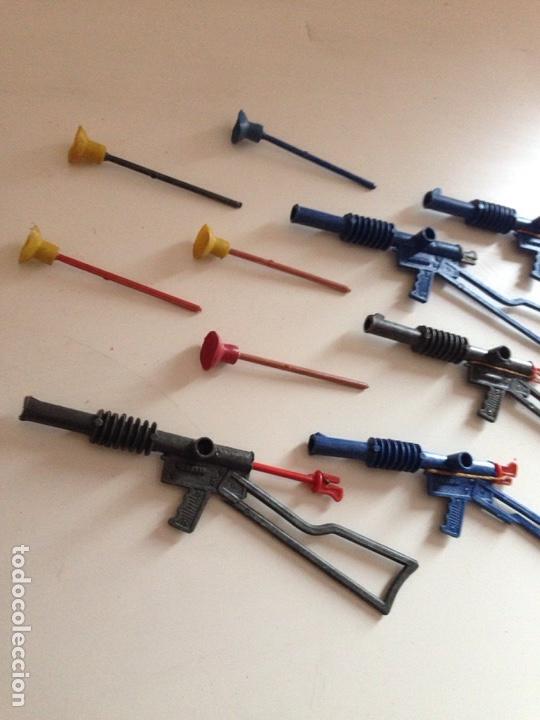 ANTIGUO LOTE PEQUEÑAS ARMAS DE PERCUSIÓN AÑOS 60 (Juguetes - Repuestos y Piezas)