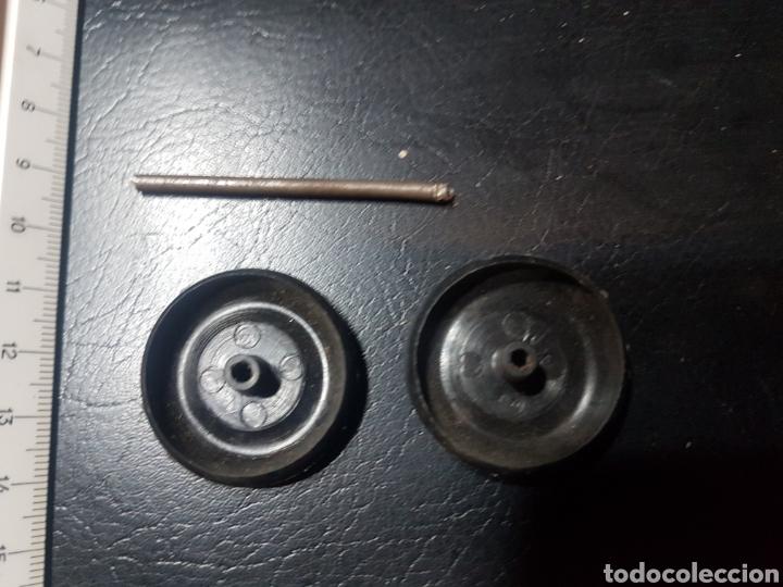 Repuestos y piezas: 2 ruedas plástico coche o camión - Foto 3 - 182520538