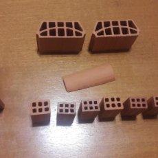 Ricambi e pezzi: MINI LADRILLOS DE CONSTRUCCIÓN, 12 PIEZAS. Lote 217643352