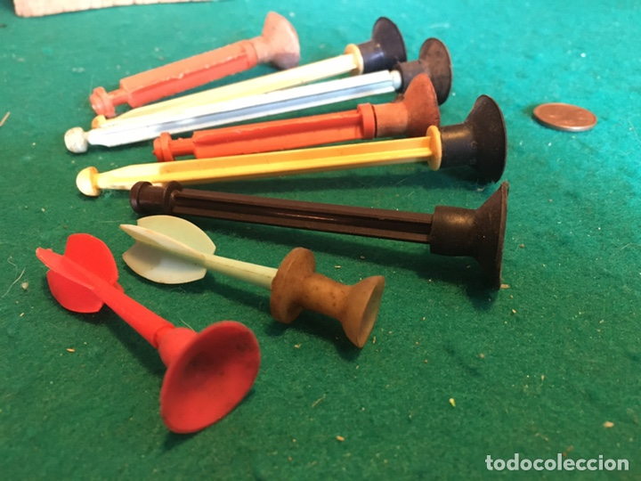 FLECHAS DE PLÁSTICO Y GOMA ANTIGUAS (Juguetes - Repuestos y Piezas)