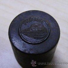 Radios antiguas: RARO TROQUEL DE LA MARCA DE LA RADIO PHILIPS. Lote 18231736