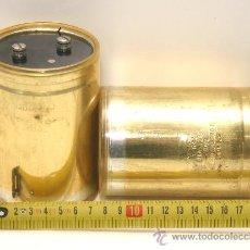 Radios antiguas: 2 CONDENSADORES ELECTROLITICOS SPRAGUE 51000 MF 40 VDC TESTADOS. Lote 31422858