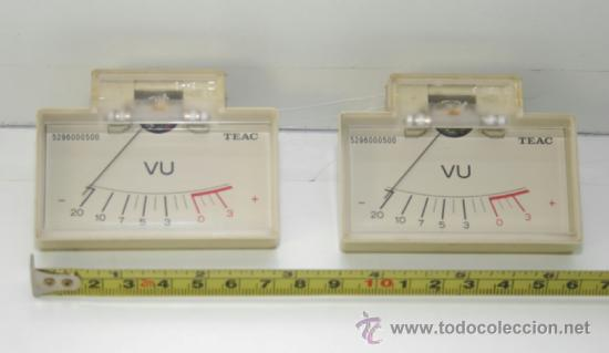 VU METER INSTRUMENTOS DE PANEL TEAC CON LUZ INTERIOR -DOS UNIDADES (Radios, Gramófonos, Grabadoras y Otros - Repuestos y Lámparas a Válvulas)