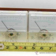 Radios antiguas: VU METER INSTRUMENTOS DE PANEL CON LUZ EXTERIOR 2 UNIDADES. Lote 37362070