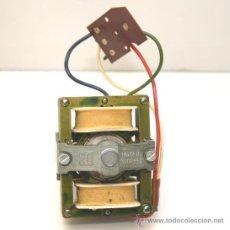 Radios antiguas: MOTOR PLATO GIRADISCOS TURNTABLE PE VER FOTOS, , FUNCIONANDO CORRECTAMENTE. Lote 67894494
