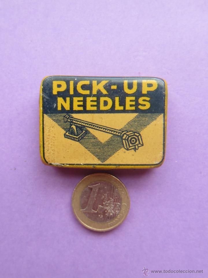 Radios antiguas: Cajita agujas.Pick up Needles.Semi llena. - Foto 2 - 45901659