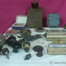 Radios antiguas: ALFONSOJO. LOTE DE MANDOS SOPORTES - PIEZAS O COMPONENTES PARA RADIO Ó TELEFONO. Lote 51556177