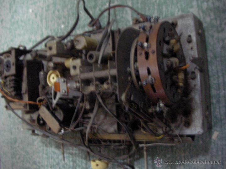 Radios antiguas: ANTIGUO CHASIS DE RADIO A LAMPARAS O VALVULAS - Foto 2 - 54527822