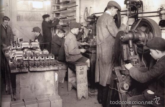 Radios antiguas: radio cargador baterías válvulas - Foto 10 - 57872752