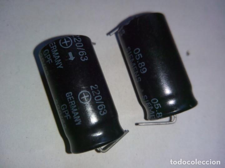 CONDENSADOR 63V 220 MF SIEMENS 05,89 X3 UNIDADES. MF CAPACITOR 220 63V 05.89 SIEMENS X3 UNITS. (Radios, Gramófonos, Grabadoras y Otros - Repuestos y Lámparas a Válvulas)