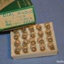 Radios antiguas: DIAL RADIO - CAJA ORIGINAL, CON 20 LÁMPARAS LUMEN - E 10/13 - 6,3 V / 0,30A - REF. DR 633E. Lote 132256991