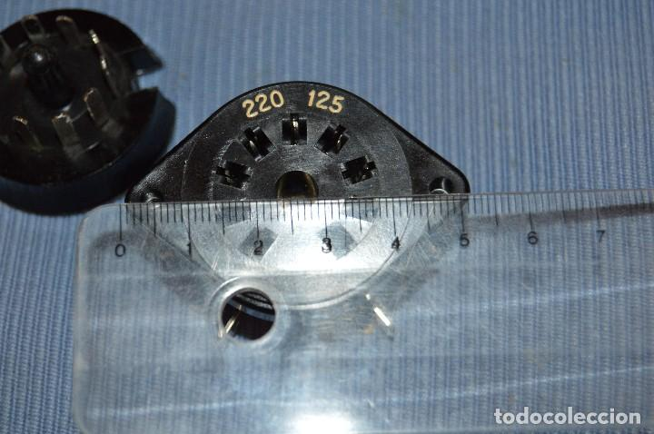 Radios antiguas: Conmutador tensión o voltaje 125/220 - Para radios o amplificadores antiguos de válvulas - Bakelita - Foto 7 - 97035143
