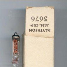 Radios antiguas: 5676 - RAYTHEON TRIODE MINIATURE ( ELECTRONIC TUBE ) NOS NO BOX . Lote 107290127