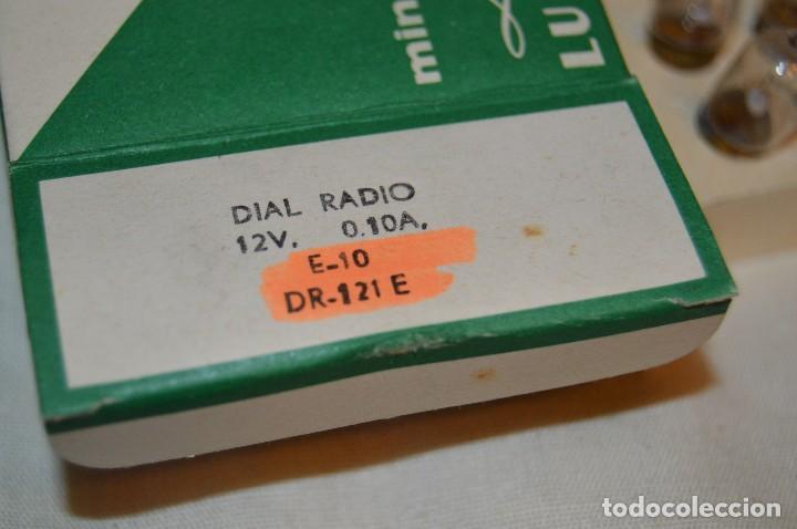 Radios antiguas: DIAL RADIO - Caja ORIGINAL, con 20 lámparas LUMEN - E 10 - 12 V / 0,10A - Ref. DR 121-E - De ROSCA - Foto 5 - 216362212