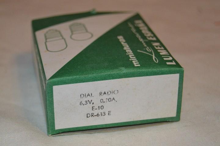 Radios antiguas: DIAL RADIO - Caja ORIGINAL, con 20 lámparas LUMEN - E 10 ROSCA - 6,3 V / 0,30A - Ref. DR 633E - Foto 2 - 172600778
