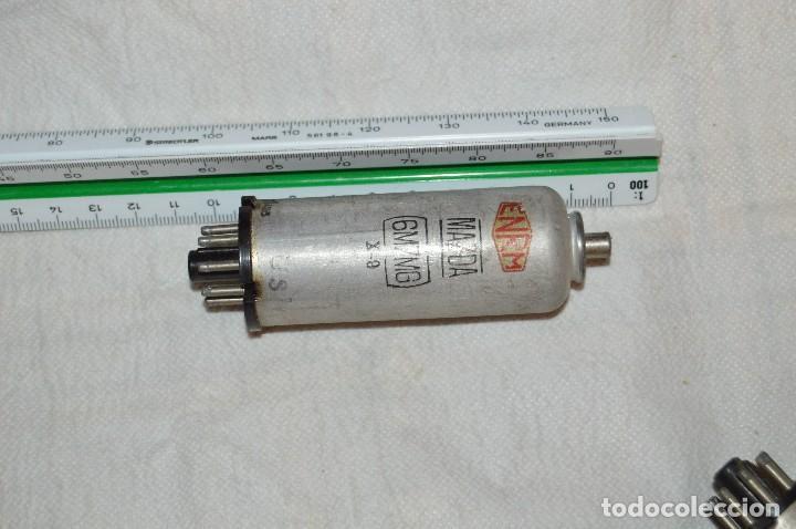 Radios antiguas: ANTIGUO Y VINTAGE - LOTE DE 6 VÁLVULAS - MAZDA - 6M7MG / 607MG / EF55 - HAZME UNA OFERTA - Foto 10 - 119232815