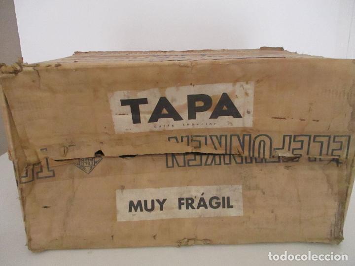 Radios antiguas: Curiosa Caja de cartón, Embalaje Antigua - Radio Telefunken Concertina A - 4176 - Años 50 - Foto 7 - 142375050