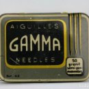 Radios antiguas: CAJA METÁLICA DE AGUJAS GRAMÓFONO - GAMMA NEEDLES - REF. 43 - MADE IN SWISS / SUIZA - CON AGUJAS. Lote 134735670