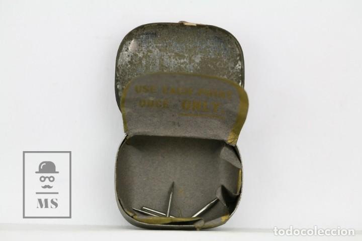 Radios antiguas: Caja Metálica De Agujas Gramófono - His Master Voice/La Voz De Su Amo - Made In England - Con Agujas - Foto 2 - 134738566