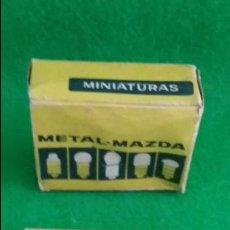 Radios antiguas: DIAL RADIO CAJA CON 20 LAMPARAS METAL MAZDA 6,3V 0,10A E-10 D-613. Lote 139445334