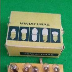 Rádios antigos: DIAL RADIO CAJA CON 20 LAMPARAS METAL MAZDA 6,3V 0,10A E-10 D-116 . Lote 139446870