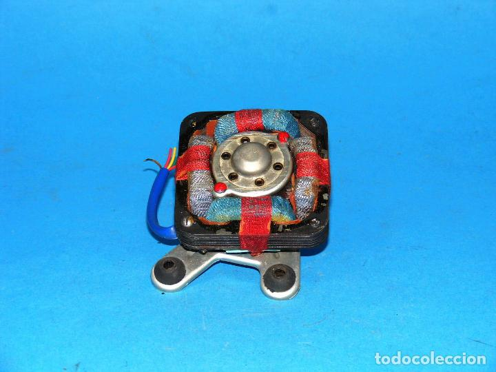 Radios antiguas: MOTOR PARA TOCADISCOS DE WALD CALYPSO. - Foto 3 - 149589146