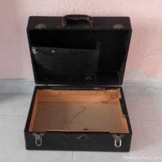 Radios antiguas: MALETA DE GRAMOLA - GRAFONOLA - PARA REPUESTOS. Lote 154842942