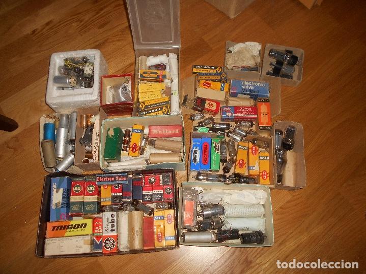 Radios antiguas: LOTE DE VALVULAS LAMPARAS CEBADORES CONDUCTORES ETC - Foto 2 - 168633372