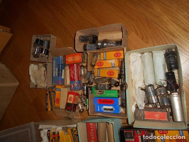 Radios antiguas: LOTE DE VALVULAS LAMPARAS CEBADORES CONDUCTORES ETC - Foto 4 - 168633372