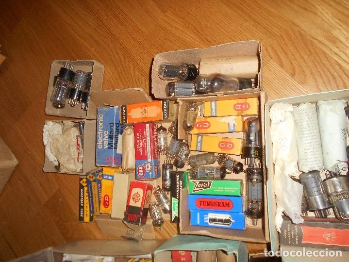 Radios antiguas: LOTE DE VALVULAS LAMPARAS CEBADORES CONDUCTORES ETC - Foto 6 - 168633372