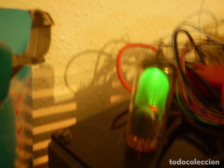 VALVULA OJO MAGICO EM81-MAZDA-USADA Y PROBADA. (Radios, Gramófonos, Grabadoras y Otros - Repuestos y Lámparas a Válvulas)