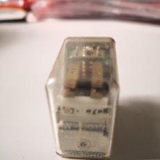 Radios antiguas: COMPONENTE ELECTRÓNICO ELECTRICO ¿RELE? LO QUE VE EN FOTOS ELECTRÓNICA.ENVÍO CERTIFICADO 4,99 EUROS. Lote 176639957