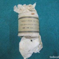 Radios antiguas: ANTIGUO REDUCTOR DE VOLTAJE 150 -110V 15W - SIN USO, PERFECTO - PARA APARATOS DE RADIO ETC + INFO. Lote 178155248