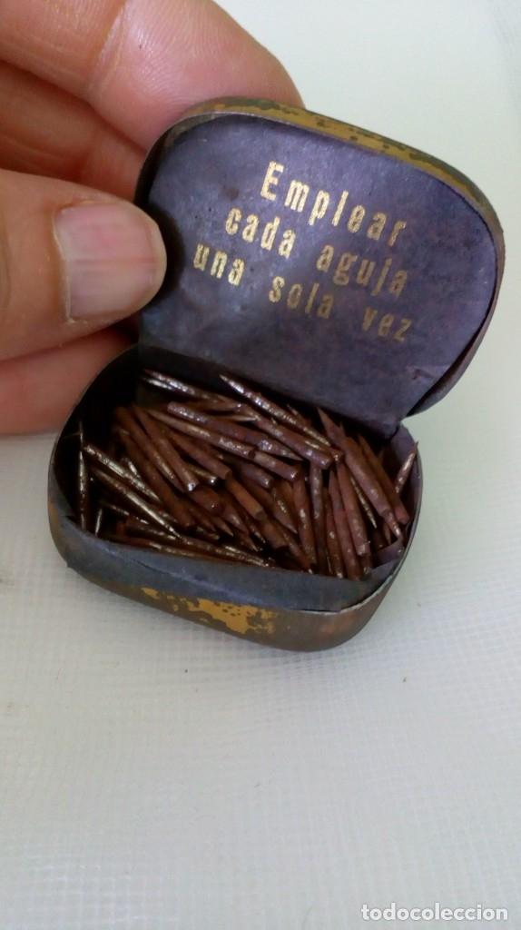 Radios antiguas: Antigua cajita de agujas de gramófono ´La Voz de su Amo´ - Foto 4 - 179066157