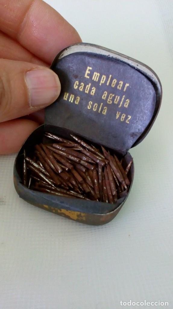 Radios antiguas: Antigua cajita de agujas de gramófono ´La Voz de su Amo´ - Foto 5 - 179066157