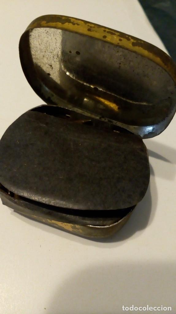 Radios antiguas: Antigua cajita de agujas de gramófono ´La Voz de su Amo´ - Foto 9 - 179066157