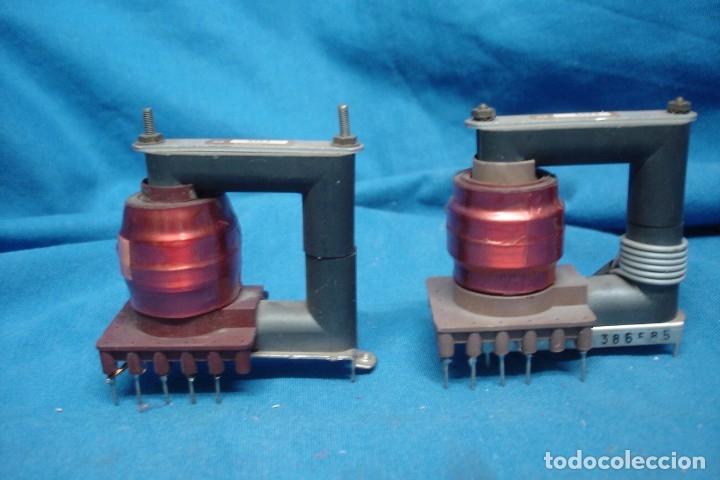 Radios antiguas: - ANTIGUOS TRANSFORMADORES DE ALTA PARA TV - 2 UNIDADES, SIN USO - Foto 3 - 179198227