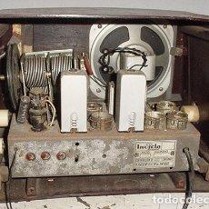 Radios antiguas: RADIO INVICTA 5205 PARA REPUESTOS. Lote 179526963