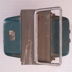 Radios antiguas: TRANSFORMADOR 220 A 125 VOLTIOS 500 VA. FUNCIONA.. Lote 181167743