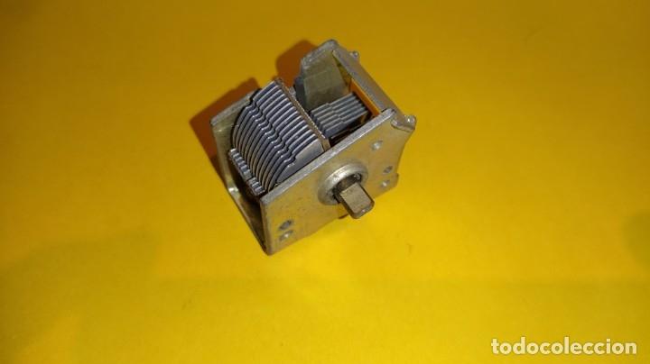 CONDENSADOR VARIABLE PARA RADIO ANTIGUA L3. (Radios, Gramófonos, Grabadoras y Otros - Repuestos y Lámparas a Válvulas)