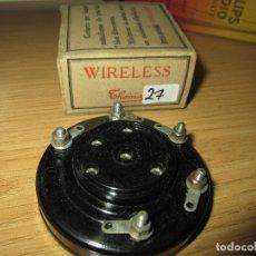 Radios antiguas: ZÓCALO MUY ANTIGUO BAQUELITA 5 PIN RADIO GALENA RADIO COFRE VALVULAS NUEVO EN CAJA ORIGINAL SIN USAR. Lote 182174595