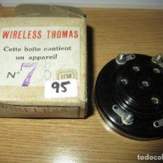 Radios antiguas: ZÓCALO MUY ANTIGUO BAQUELITA 5 PIN RADIO GALENA RADIO COFRE VALVULAS NUEVO EN CAJA ORIGINAL SIN USAR. Lote 182279095